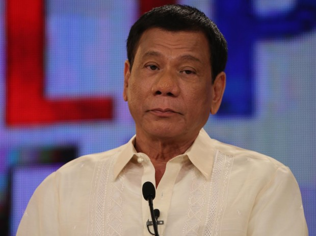 Philippine President Continues Policy Allowing People and Police to Kill Drug Dealers