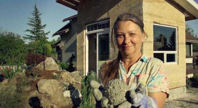 Grandma Builds a Home out of Hemp Stronger than Brick (Time to Legalize it)